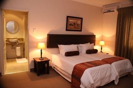 Kalahari Lodge Kimberley
