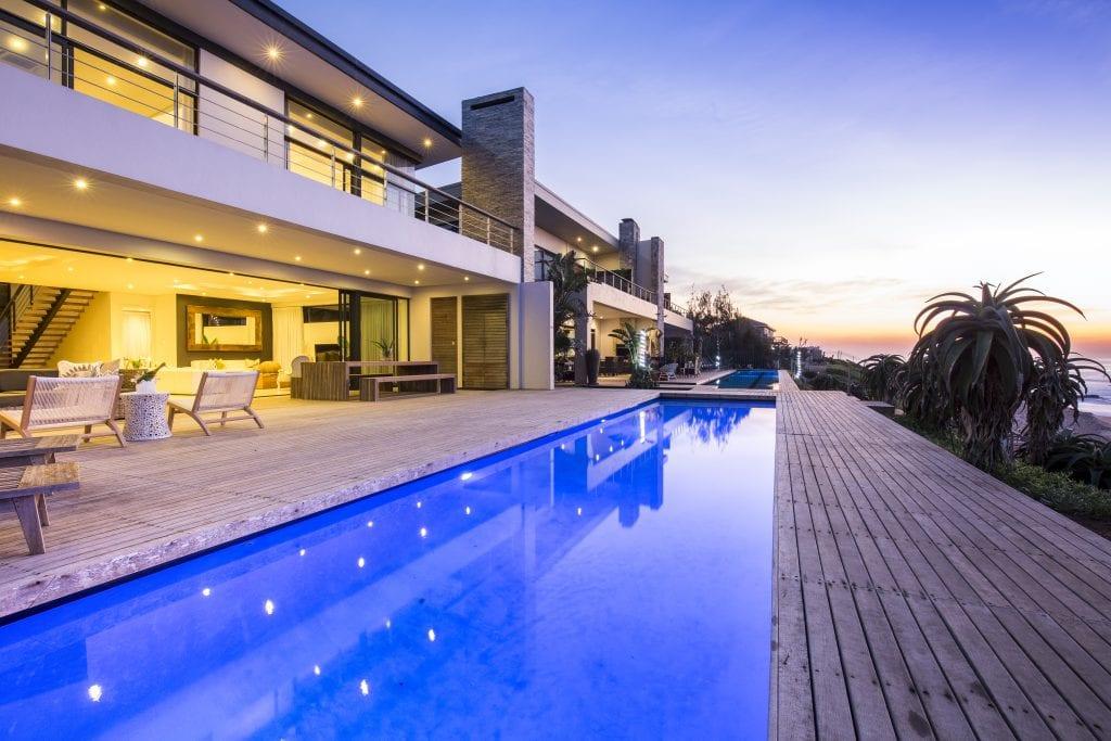 YOLO Spaces : The Beach House