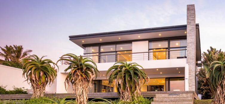 YOLO Spaces : The Beach House Villa